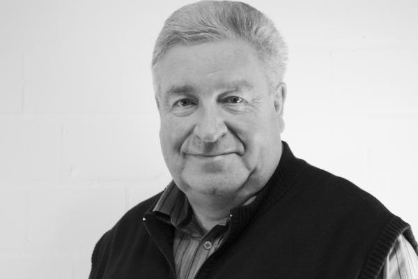Firmengründer <b>Werner Ahrens</b> (a. D.) - 4499D-img-2278-ret-sw